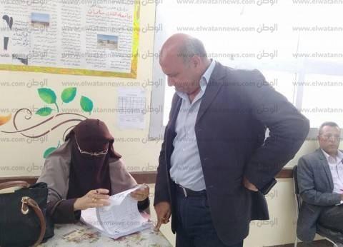 """إقبال متوسط من كبار السن على اللجان الانتخابية بـ """"البحر الأحمر"""""""