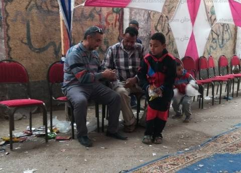 """الأطفال يشاركون في تنظيف اللجان الانتخابية في """"بلقاس"""" بالدقهلية"""