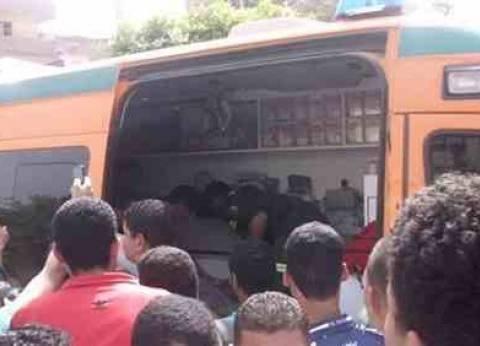 ارتفاع عدد ضحايا تفجير حافلة للشرطة في العريش لشهيدين و15 مصابا