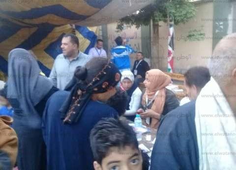 بالصور| ناخبو القصاصين يتوافدون على المقار الانتخابية بالإسماعيلية