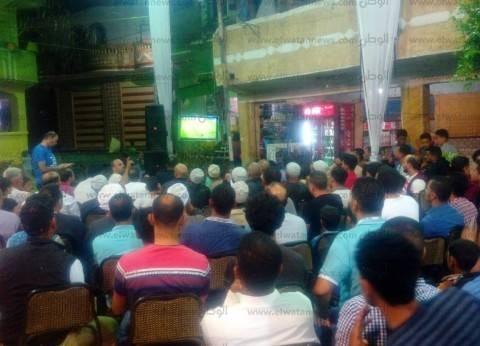 أحد أقارب محمد صلاح يضع شاشات عرض في حفل زفافه لمتابعة لقاء مصر وروسيا