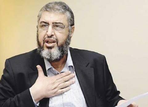 """ممثل النيابة بـ""""التخابر مع حماس"""" يقدم تقريرا طبيا لابن خيرت الشاطر"""