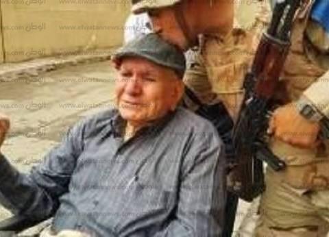 """مسن يشارك في الانتخابات بكرسي متحرك: """"اللي منزلش عمل إيه في حياته"""""""