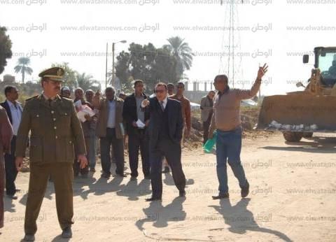 سكرتير عام محافظة قنا يقود حملة اليوم الواحد لإزالة الإشغالات
