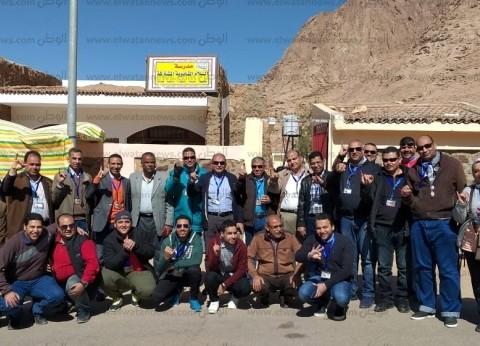 """المشاركون بقافلة """"جسور الخير 3"""" يدلون بأصواتهم بجنوب سيناء"""