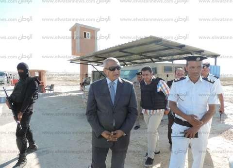 ضبط 437 مخالفة مرورية وسداد 7150 جنيه غرامات فورية بحملة في مطروح