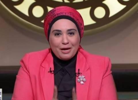 بالفيديو| نادية عمارة: ليس واجبا على الزوجة خدمة حماتها