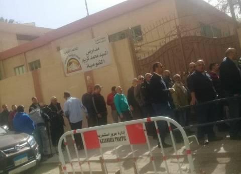 رئيس اللجنة الانتخابية بقنا: القضاة وصلوا قبل الاقتراع بوقت كاف
