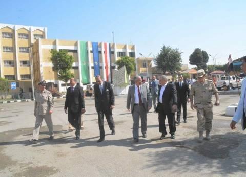 محافظ المنيا يهنئ قوات الأمن بعيد الأضحى المبارك