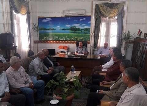 رئيس مدينة كفر الزيات بالغربية يشدد على مراجعة استعدادات الشتاء