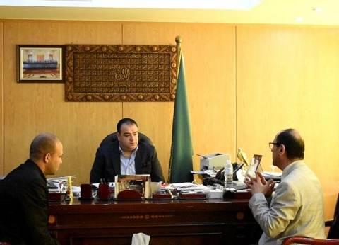 بالصور| أهالي قصر رشوان في الفيوم يتبرعون بأجهزة طبية للوحدة الصحية