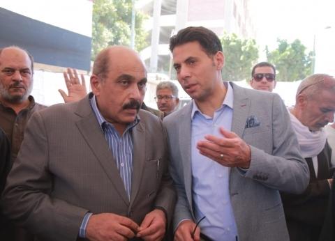 نائب محافظ الجيزة يتفقد لجان كرداسة وأبورواش.. ويشيد بكثافة المشاركة