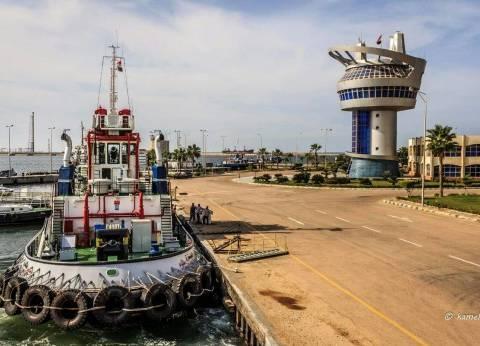 14 سفينة بالمخطاف الخارجي لميناء دمياط