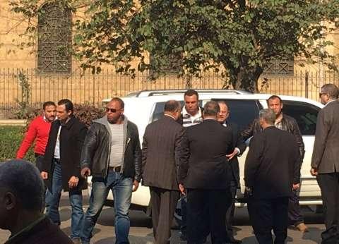 """وزير الداخلية لـ""""البابا تواضروس"""": لن نترك حق الشهداء يضيع"""