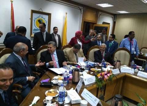 وزير التعليم العالي يترأس المجلس الأعلى للجامعات بالمنيا