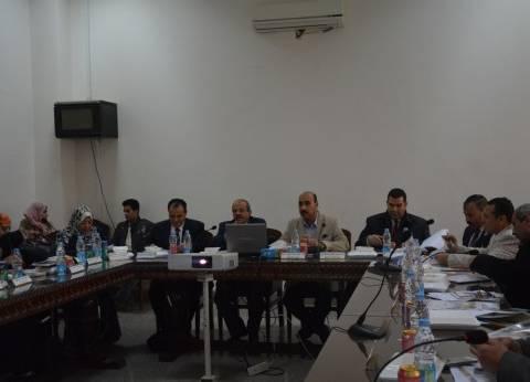 بالصور| انعقاد مجلس شؤون خدمة المجتمع بحضور رئيس جامعة الفيوم
