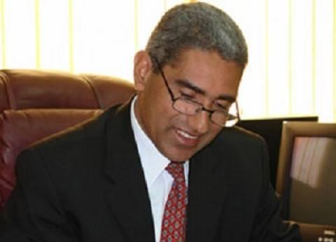 رئيس جامعة جنوب الوادى يشهد حفل تكريم مدير إدارة المؤتمرات بالجامعة
