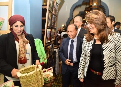 وزيرة التضامن تفتتح معرض الحرف اليدوية