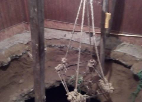 بالصور| رئيس حي الهرم يتفقد فيلا شهدت التنقيب عن الآثار بحدائق الأهرام
