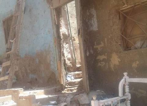 """رئيس حي دار السلام: إخلاء جميع العقارات """"الخطرة"""" في عزبة خير الله"""