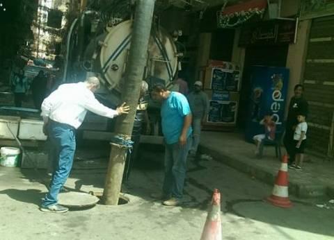 حي الجمرك بالإسكندرية يشن حملة لتطهير الشنايش والمطابق