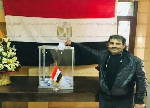 مصري بالمغرب يسافر بين 3 مدن ليدلي بصوته: حب الوطن مسئولية