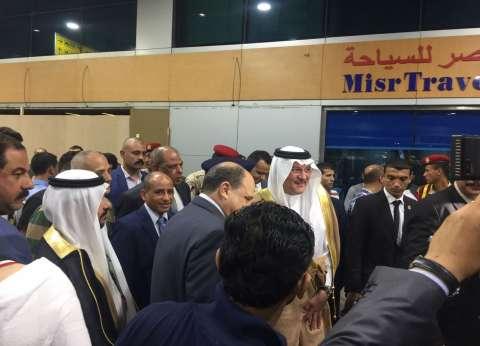 سفير السعودية لدى القاهرة يودع الفوج الأول لحجاج أسر الشهداء