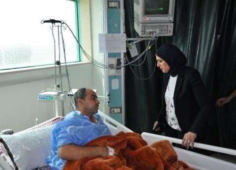 وزيرة الصحة توجه بتوفير سرير رعاية مركزة لمريضة استوقفها أحد أقاربها