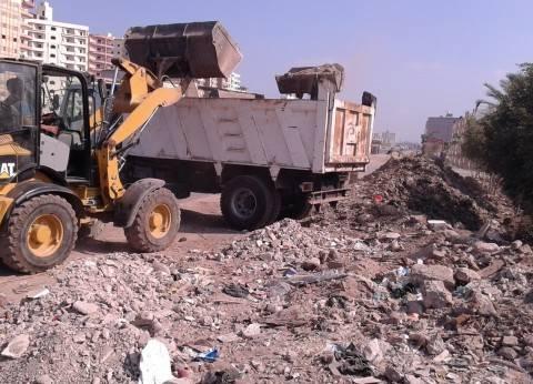 محافظ الدقهلية: نقل 520 متر مكعب مخلفات هدم وبناء بطريق ترعة المنصورية