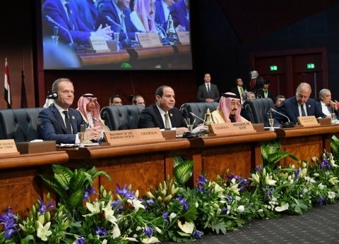 السيسي يترأس أعمال اليوم الأول من القمة العربية الأوروبية بشرم الشيخ