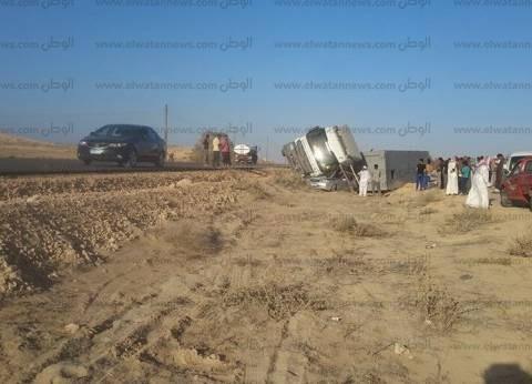 """إصابة 9 أشخاص في انقلاب سيارة بطريق """"الضبعة – القاهرة"""" الإقليمي"""