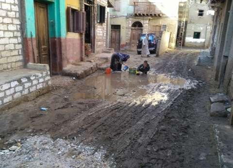 أمطار غزيرة تقطع المياه والكهرباء وتوقف المخابز البلدية بالمنيا
