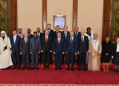 السيسي يلتقى نواب العموم المشاركين في مؤتمر الشرق الأوسط وشمال إفريقيا