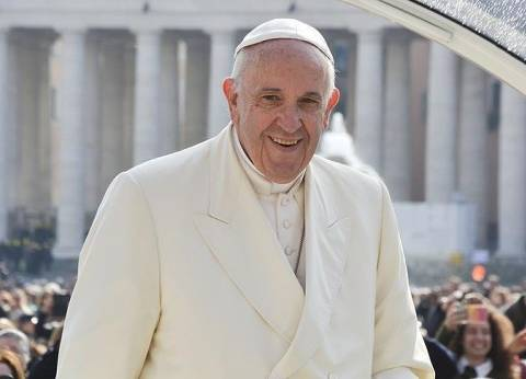 بابا الفاتيكان: الشباب سيحولون الهواء الملوث بالكراهية إلى أخوة