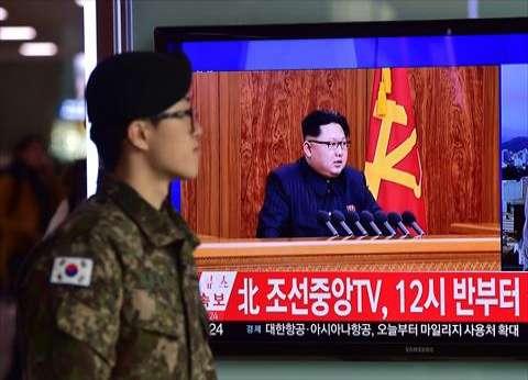 """رئيس كوريا الشمالية يعلن نجاح بلاده في """"تصغير رؤوس نووية"""""""