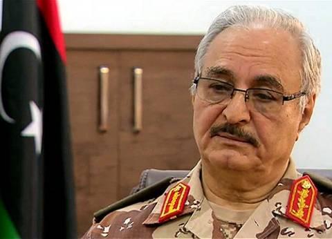 الرئيس التونسي يستقبل القائد العام للجيش الليبي خليفة حفتر