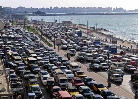 مدير أمن الإسكندرية يأمر بتنفيذ حملات مرورية انضباطية أوقات الذروة
