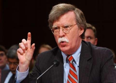 مستشار ترامب يطالب إيران بسحب قواتها من سوريا