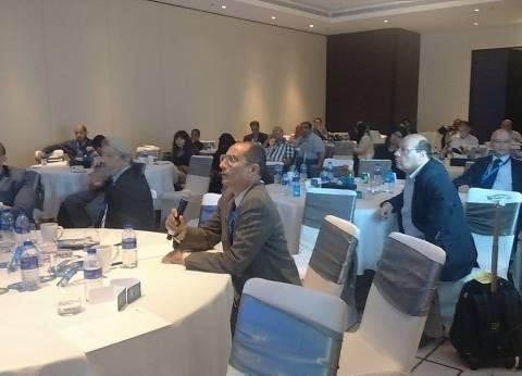 """استشاري قلب بالوادي الجديد يشارك في مؤتمر """"يوم دولي عن أمراض القلب"""" في دبي"""