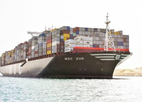 عبور 55 سفينة لمجرى القناة بحمولات 3.4 مليون طن