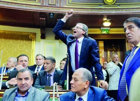 خالد يوسف ينكر أمام النيابة حيازته أقراصاً مخدرة: «ده علاج مراتى»