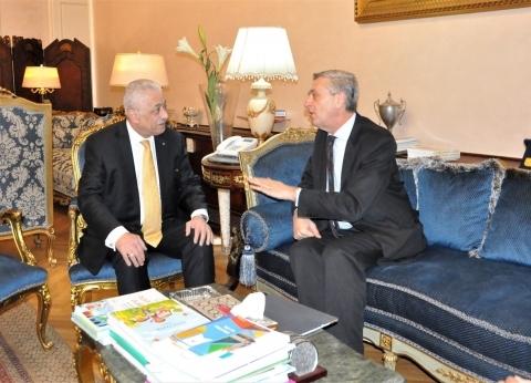 وزير التعليم يستقبل المفوض السامي للأمم المتحدة لشؤون اللاجئين
