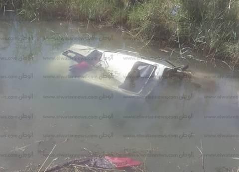 انقلاب سيارة في ترعة بنبان أسوان دون وقوع إصابات