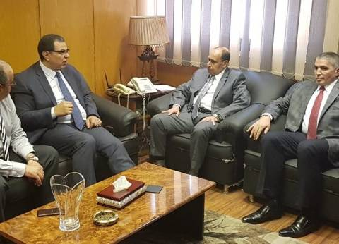 """سعفان يتفقد لجان التصويت بالانتخابات العمالية في """"كهرباء شمال القاهرة"""""""