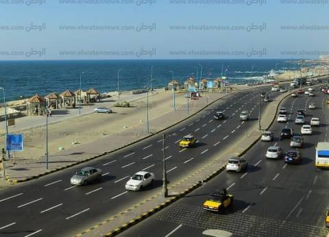 عودة الحياة لكورنيش الإسكندرية بعد انتهاء مؤتمر الشباب