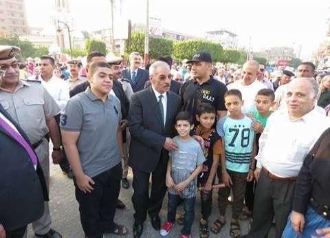 مدير أمن بني سويف يتفقد الخدمات الأمنية ويهنئ المواطنين بعيد الفطر