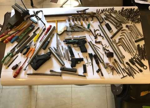 حبس خراط بتهمة تصنيع الأسلحة في محل عمله