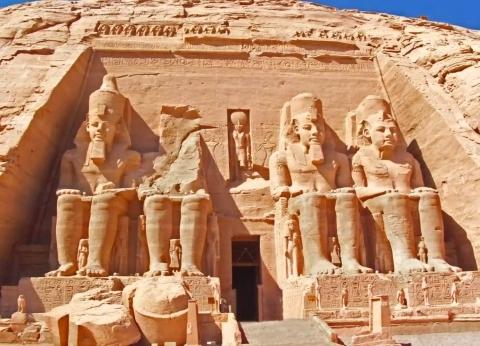 مبانٍ أثرية وأكلات وفنون وألعاب مصرية تواجه شبح الاندثار