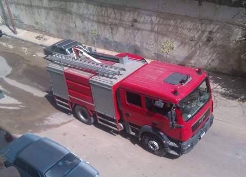 الحماية المدنية بدمياط تسيطر على حريق بـ 7 عشش عشوائية برأس البر