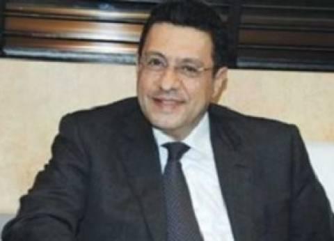 سفير مصر لدى الكويت يتفقد منطقة تجمع الناخبين في الجزيرة الخضراء